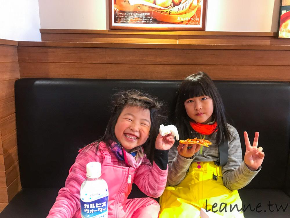 [日本親子滑雪]苗場滑雪場 預約樂活中文教練 與每天滑雪心得分享
