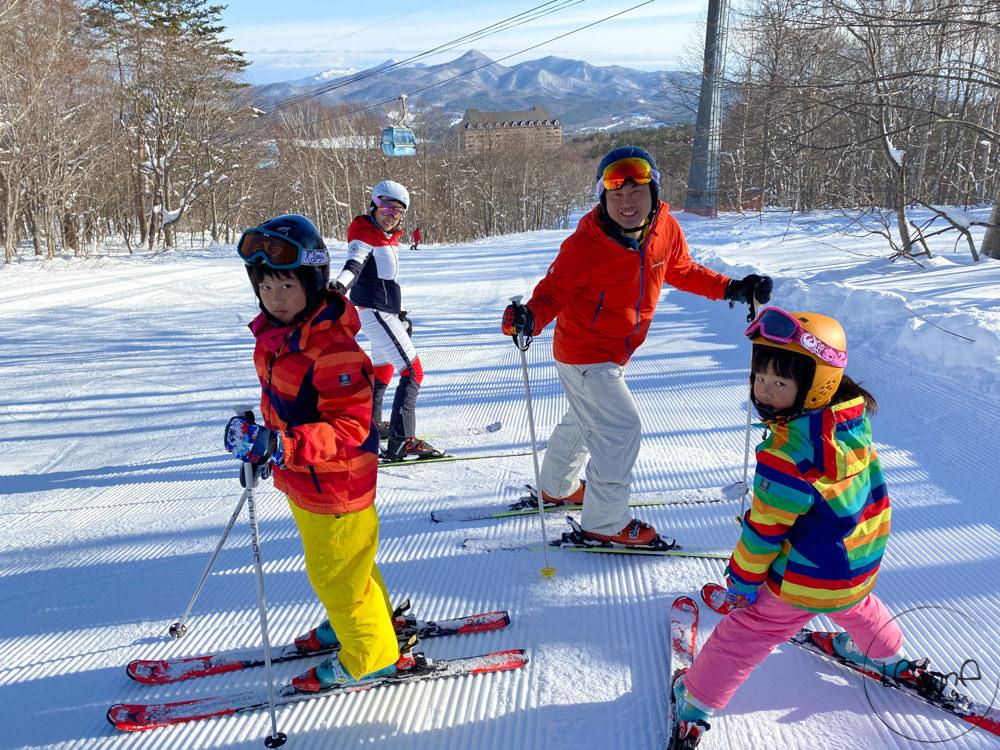 [日本親子滑雪]安比滑雪場雪道寬廣 全家一起練功好好玩